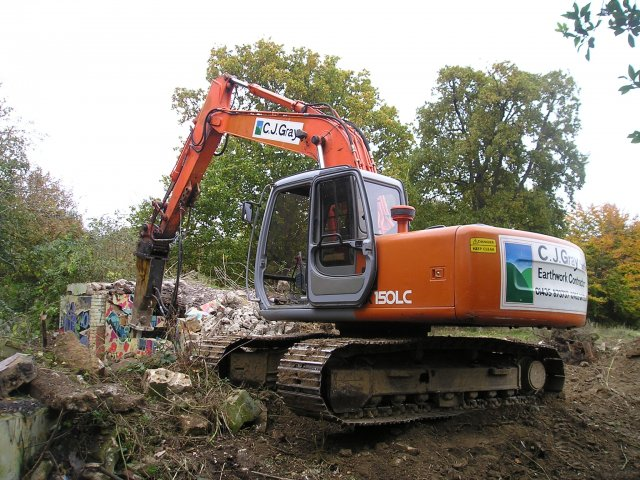 - We were engaged by UPM Tilhill to clear the site of an old zoo for major improvements to Hotham Park.